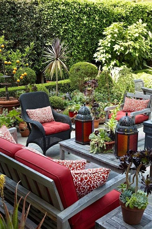 Patio decorating ideas project my beautiful garden for Backyard decorating ideas