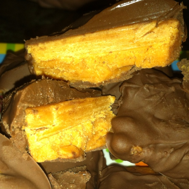 Homemade butterfinger candy made by me :) recipe is under this ...
