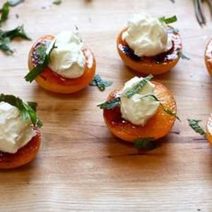 Simple Roasted Apricots With Honey Mascarpone - Depending on the size ...