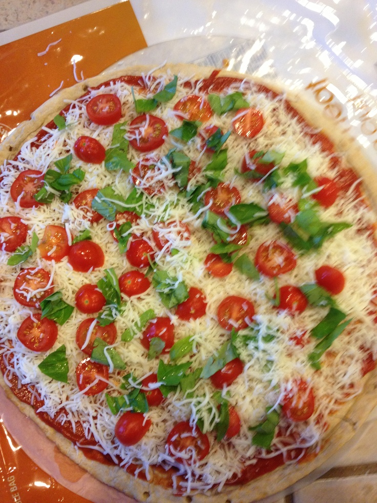 Tomato Basil Pizza. Homemade | Good For Me Foods | Pinterest