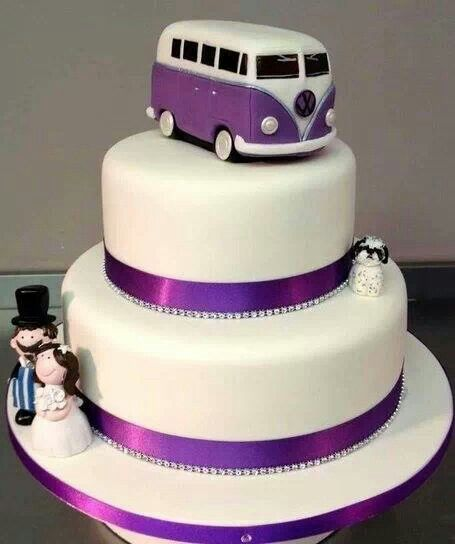 Very Nice Cake Images : Really nice understated novelty cake! Cakes We Love ...
