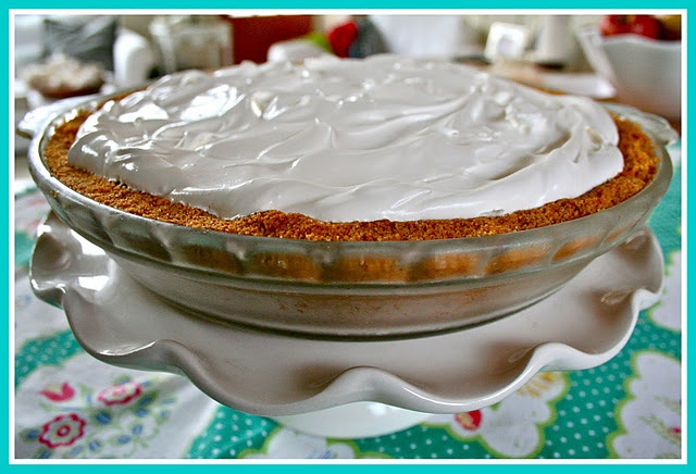 Lemon Ice Box Pie...hubby and I are going to make this tomorrow on a ...