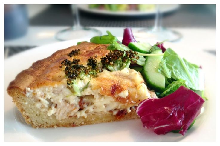 Chicken Broccoli Pie - who said you need wheat flour to make a good ...