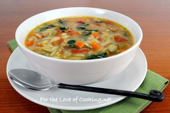 SPINACH AND TURKEY ITALIAN SAUSAGE SOUP WITH VEGGIES & ORZO