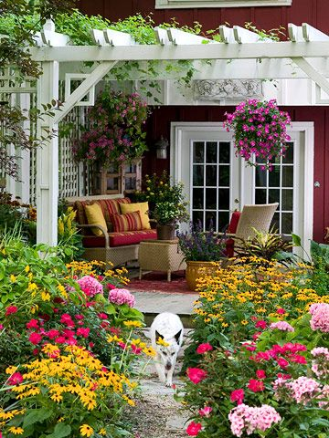 Lovely porch and garden.