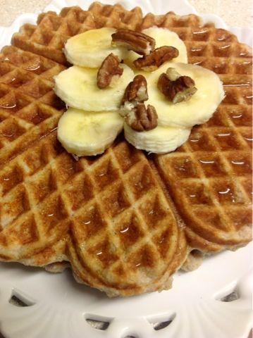 shenanigans: Paleo Banana-nut waffles | Foods I Eat | Pinterest