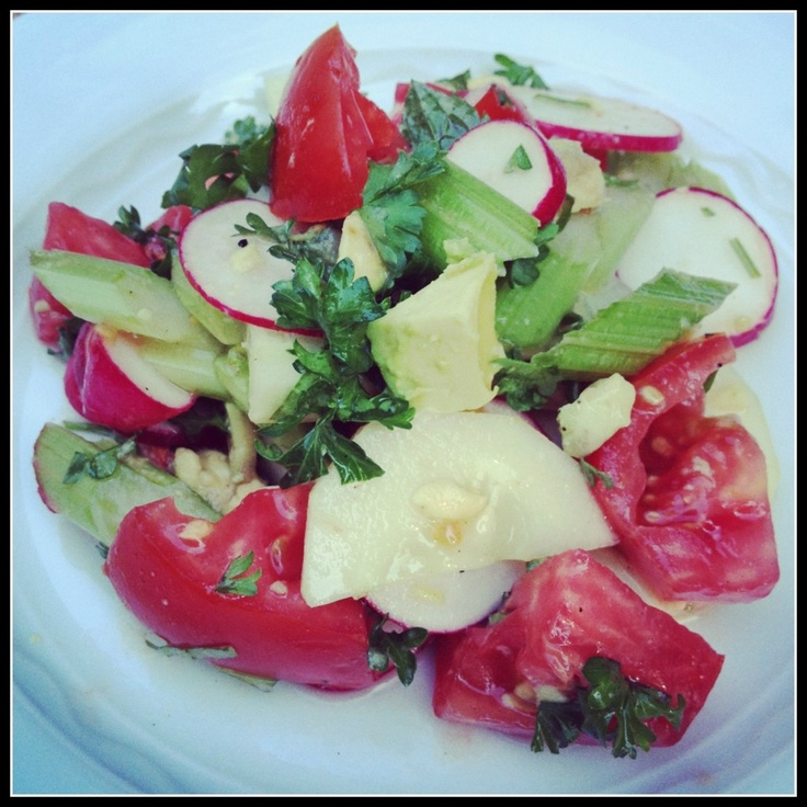 Farmer's Market Salad with avocado, tomatoes and fresh herbs