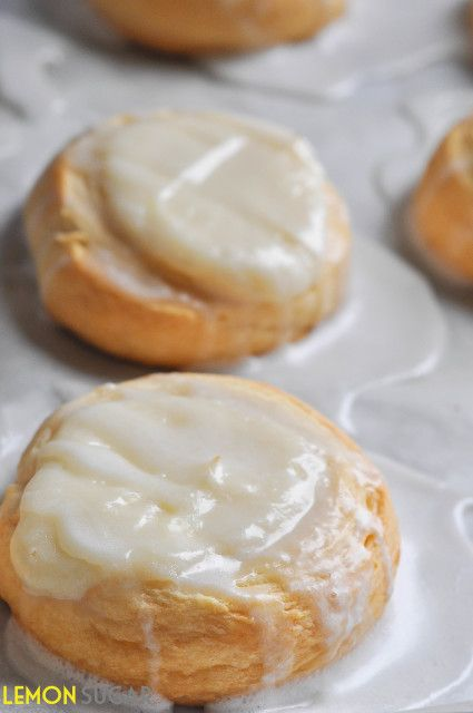 Easy Cheese Danish~ quick and easy cream cheese danishes start with ...
