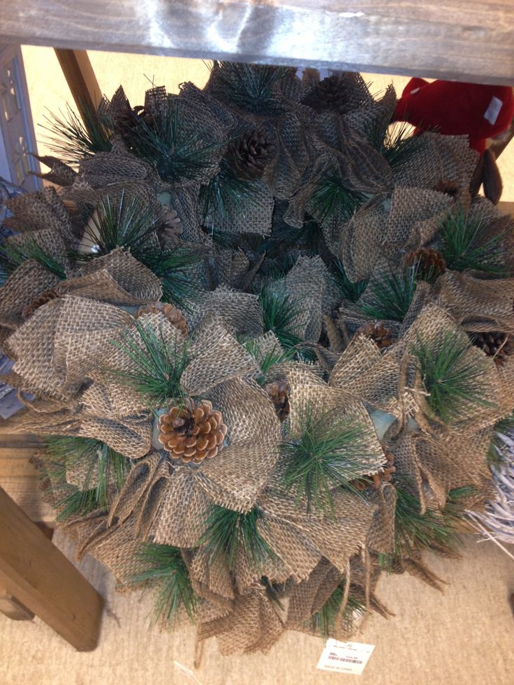 Diy burlap christmas wreath wreaths pinterest Burlap xmas wreath