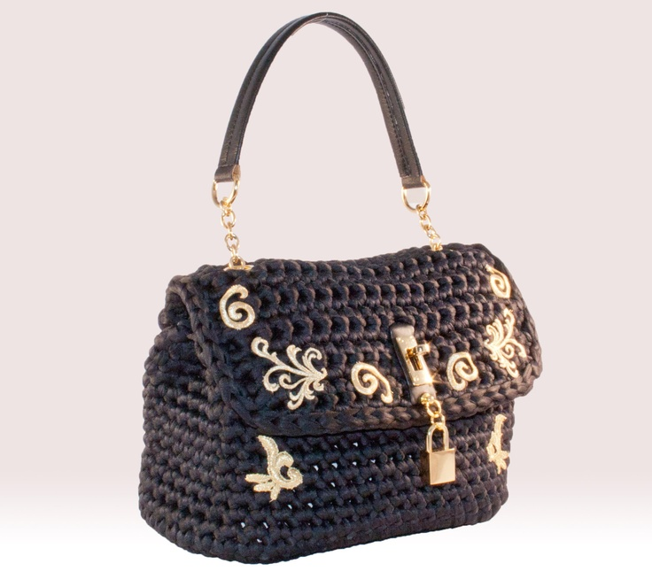 Crochet Purses And Bags : Crochet work / Nylon bag, skin and decorations of gold macramE ...
