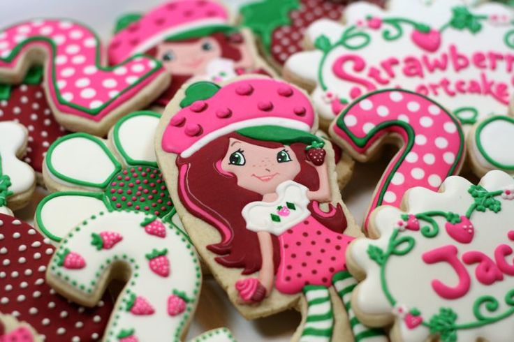 Strawberry Shortcake Sugar Cookies Decorated Sugar Cookies Little Girl ...
