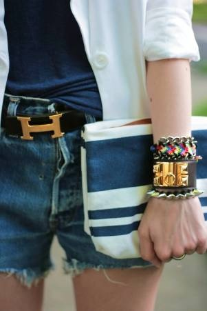navy & white plus gold- inspiration from @emilyandmeritt.   With regular jeans.