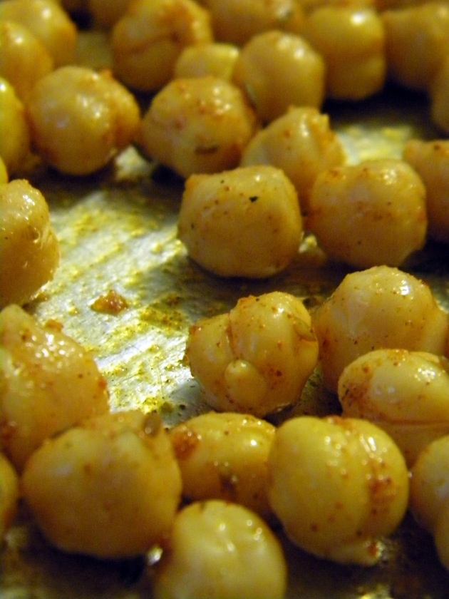 Spiced & Roasted Chickpeas | We Eat Good Here | Pinterest