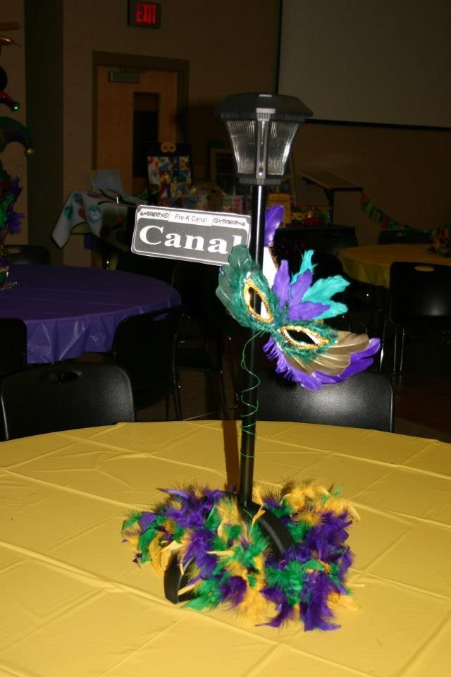 New orleans street sign centerpieces with solar garden lights ja