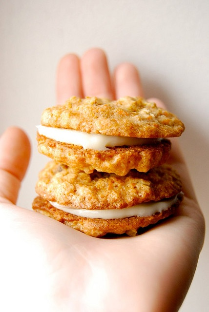 Carrot cake sandwich cookies | Wee Little Sweet Tooth | Pinterest