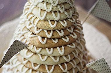 Scandinavian Ring Cake | Creative Cakes | Pinterest