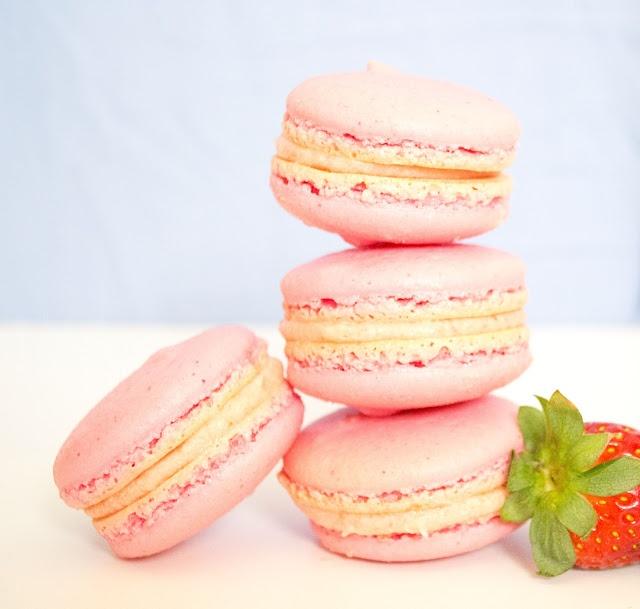 make it! Organic Strawberry and Vanilla Bean Macarons