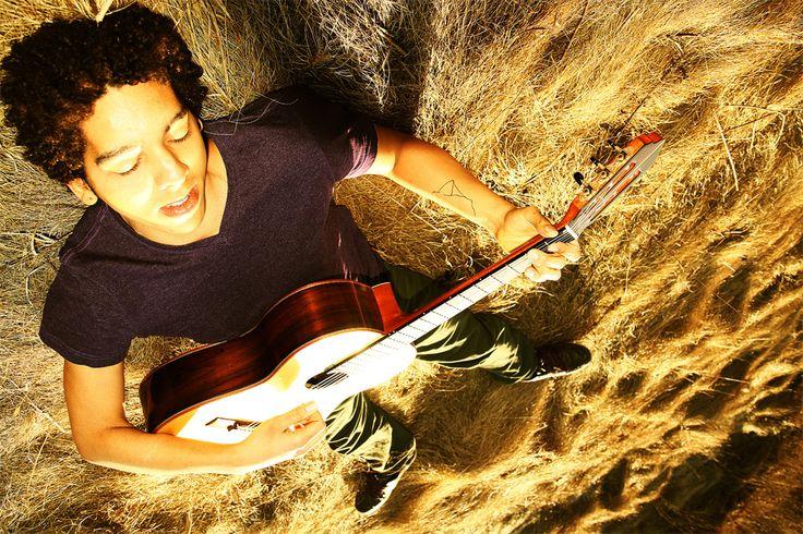 Leo Vilhena, Guitarra Días Festivos