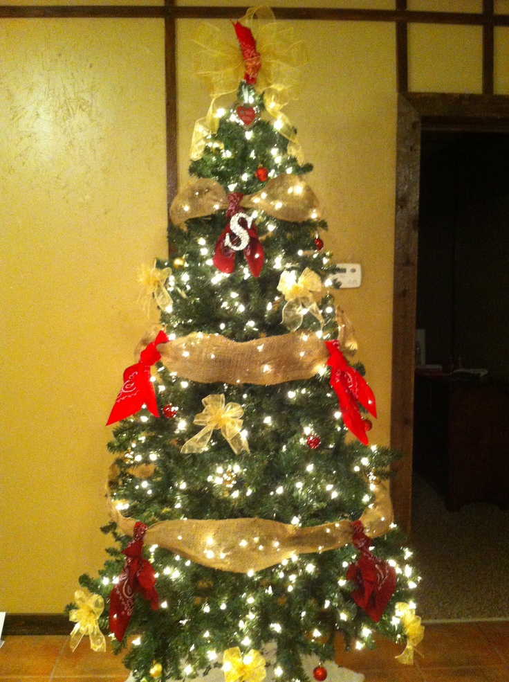 Western Christmas tree Christmas Pinterest 487i5CkJ