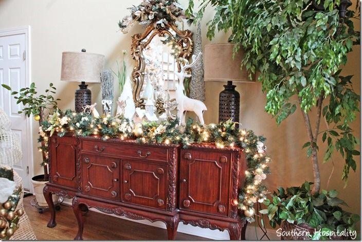 Foyer table christmas pinterest for Foyer christmas decorating ideas