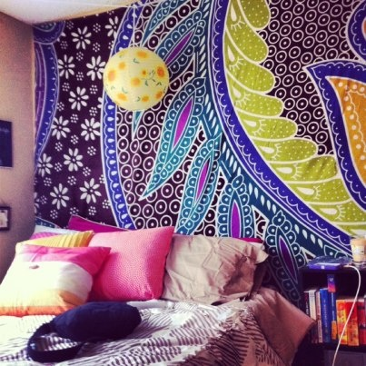sisters college dorm room   tapestry from urban outfitters and bedding from target #gonoles #seminoles --;;--