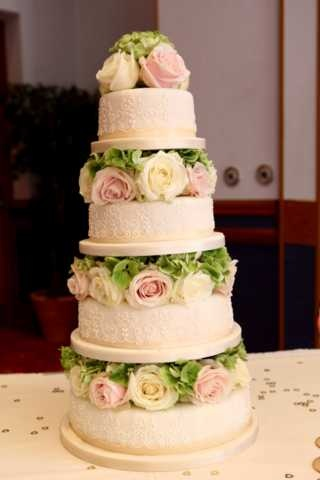 Another Cakes By Shelly cake - beautiful floral design