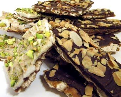 This looks like a fabulous recipe for matzah bark