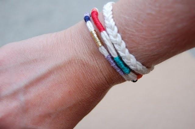DIY:: friendship bracelets