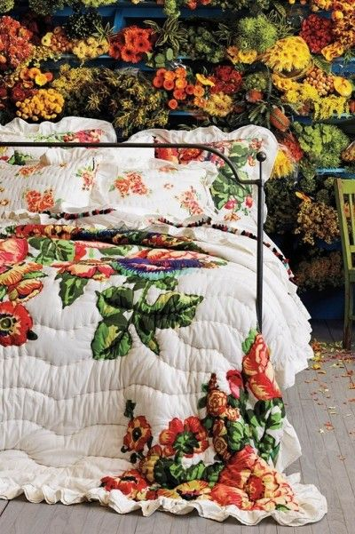 bedroom style and decor - floral garden theme