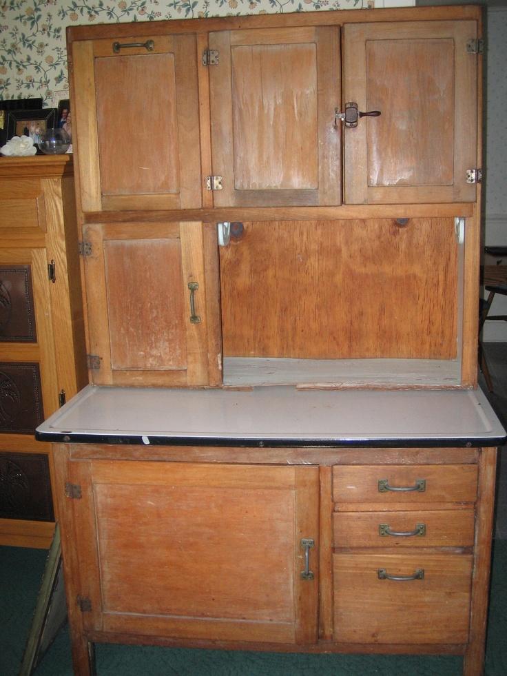 Hoosier style kitchen cabinet antique cute kitchen pinterest - Style of kitchen cabinets ...