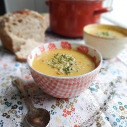 Creamy Potato Carrot & Leek Soup without the cream - topped with thyme ...