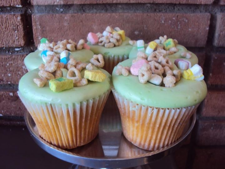 lucky charms cupcake | Cupcakes | Pinterest