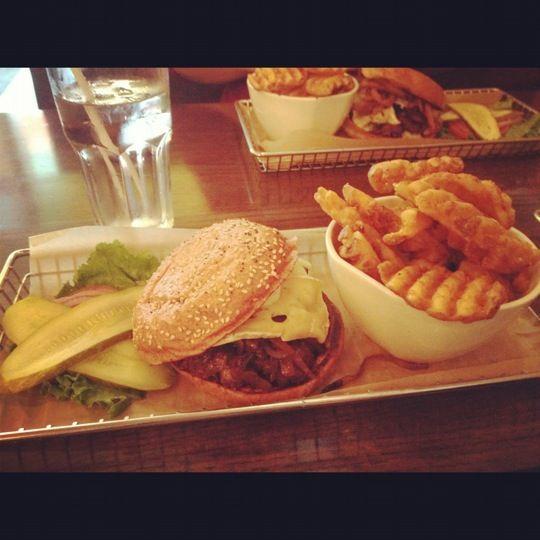 The best burgers ever!! | BURGER WORLD | Pinterest