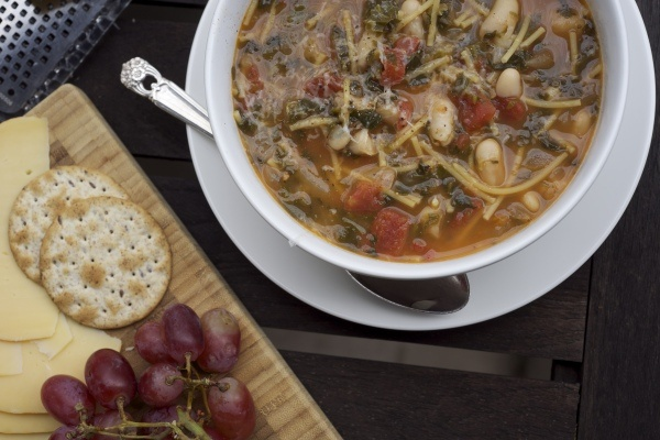 Spinach and White Bean Soup | Soup Recipes | Pinterest