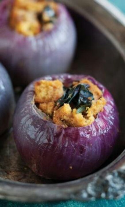 Roasted Red Onions stuffed with pumpkin and Rosemary