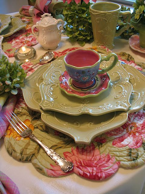 love the interesting colors and shapes in this table setting.