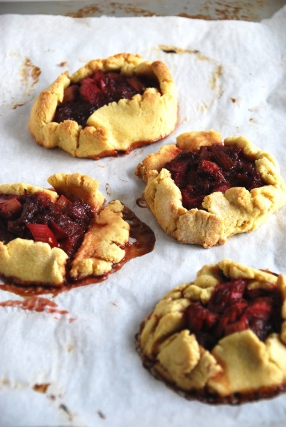 Rustic Rhubarb-Hibiscus Tarts | Recipes to Try | Pinterest