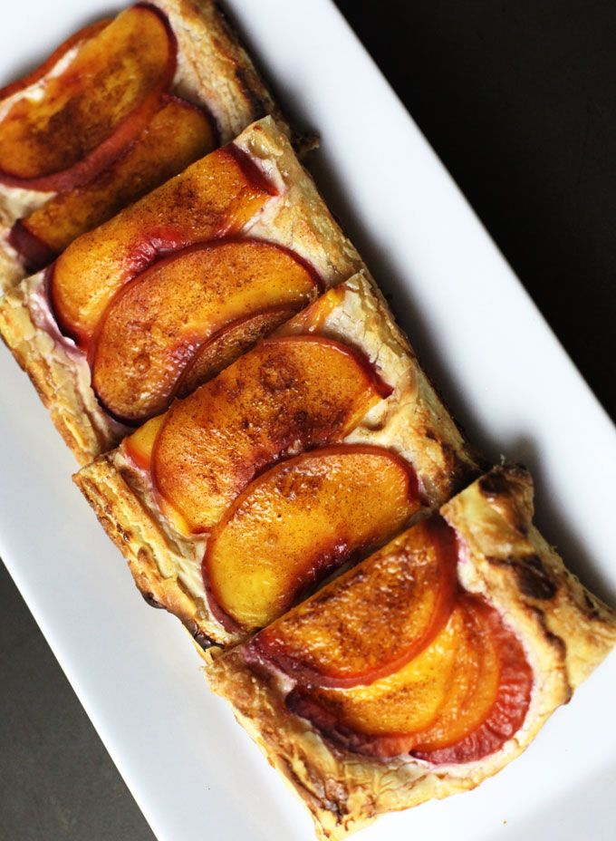 Peaches and Cream Tart--This gorgeous desserts looks impressive, but ...