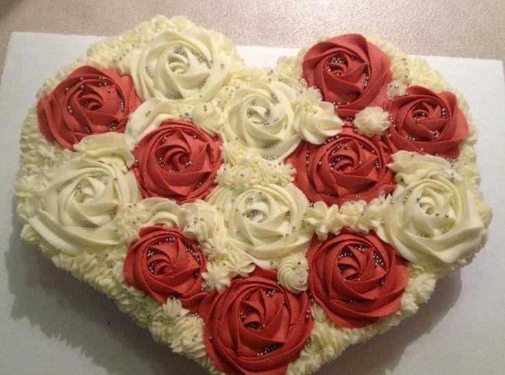 how to make a cake shaped like a cupcake