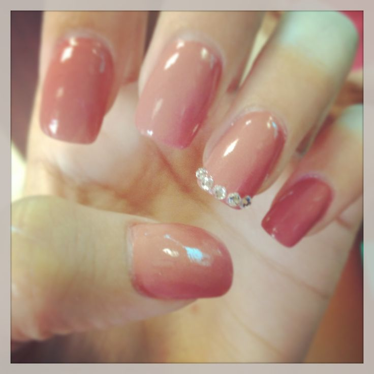 Cute acrylic nails with diamonds ~ Beautify themselves with sweet nails