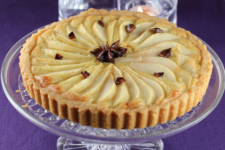 Pärontårta med stjärnanis (pear tart with star anise) is an example ...