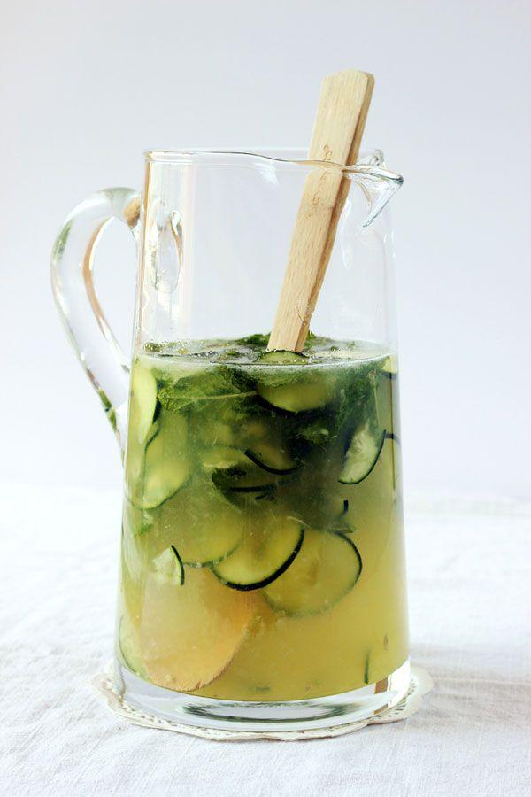 Boozy Mint Lemonade | Recipe