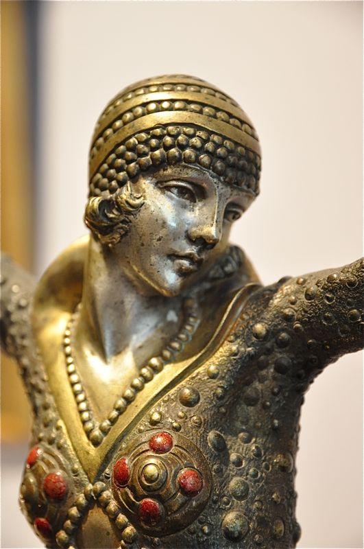 Chiparus, Dancer of Karputhala