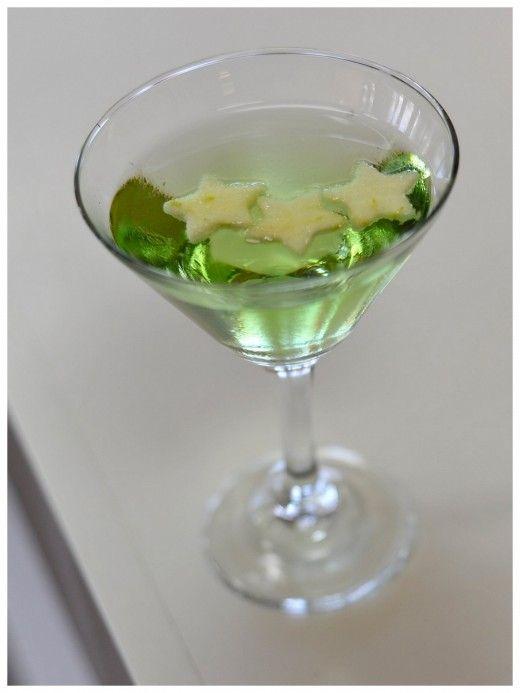Green Appletini | ~ GREEN WITH ENVY ~ | Pinterest
