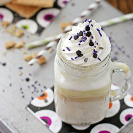 Pumpkin Spice White Hot Chocolate   Halloween Recipes   Pinterest