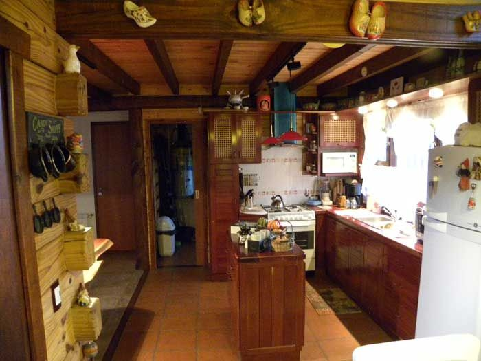 Pin by casa de troncos on interiores rusticos de caba as for Casa moderna ud