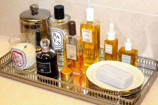 Vintage toiletries tray for the bathroom home living for Bathroom tray for toiletries