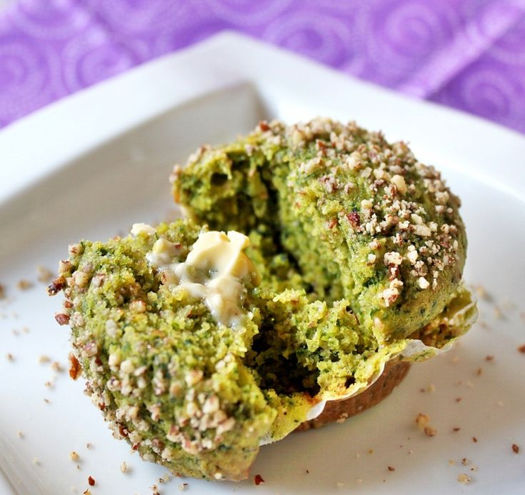 Healthy green muffins with spinach, banana and nuts