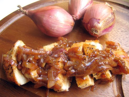 Chicken with Shallot-Apricot Sauce good basic pan sauce: shallots ...