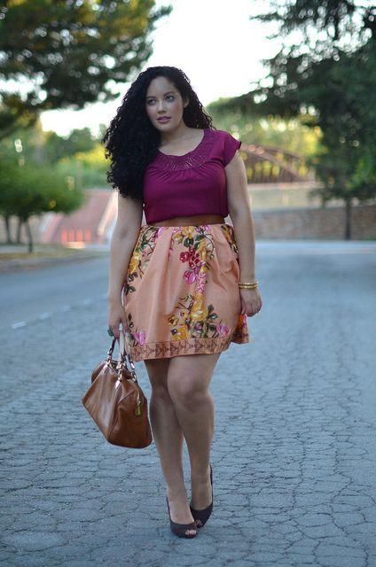 Plus Size office Style:Nice Skirt and bag